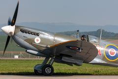 Spitfire Mk de Supermarine 8 aviones de combate de la Segunda Guerra Mundial D-FEUR foto de archivo