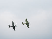 Spitfire MK X1X PS915 τελευταίο παραχθε'ν πέταγμα πέρα από Dunsfold Στοκ εικόνες με δικαίωμα ελεύθερης χρήσης