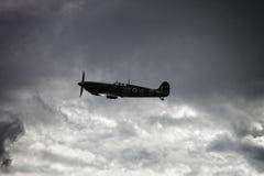 Spitfire WW2 в среднем воздухе Стоковые Изображения