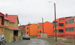Spitsbergen: Street Scene in Longyearbyen. The photo shows modern and older houses in Longyearbyen, which is the largest settlement and the administrative center Stock Images