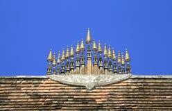 Spitze des Tempeldachs Lizenzfreie Stockfotos