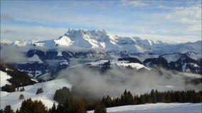Spitze eines Berges in Frankreich stock video footage