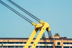 Spitze eines Hafen-Kranes Stockbild