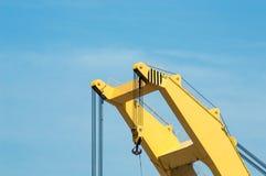Spitze eines Hafen-Kranes Stockfotos