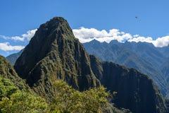 Spitze Huyana Picchu bei Machu Picchu lizenzfreie stockfotos