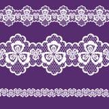 Spitzen- Band-, weiße und Purpurrotefarbe des nahtlosen Musters Lizenzfreie Stockfotografie