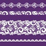 Spitzen- Band-, weiße und Purpurrotefarbe des nahtlosen Musters Stockbild