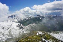 Spitzen von Fagaras-Bergen stockbilder