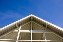 Spitzes Dach Stockfotos