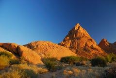 Spitzkoppe durante il tramonto immagini stock libere da diritti