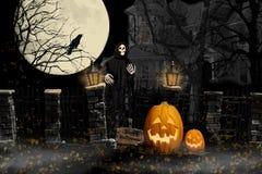 Spökat hus för allhelgonaafton likätande ond ande Royaltyfri Fotografi