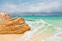 Splashing sea wave crashing Stock Images