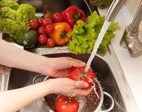 Splashing vegatables Royalty Free Stock Photography
