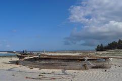 Splatający na plażowej łodzi Obraz Stock