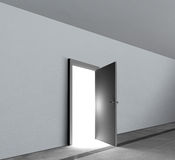 Splendere luminoso della luce bianca di rappresentazione aperta della porta Immagine Stock