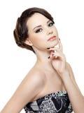 Splendoru kobieta z makijażem i manicure'em fotografia royalty free