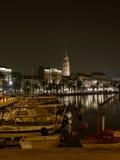 Split - hamn i natten 3 royaltyfria bilder