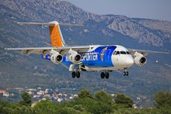 Split/Kroatia. July 12, 2015: Malmo Aviation British Aerospace Avro 146-RJ100 on short finals at Splt Royalty Free Stock Images