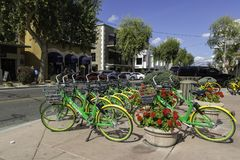 Społeczność Do wynajęcia bicykle w Scottsdale Arizona obrazy royalty free