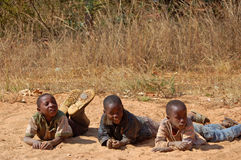 Spojrzenie na twarzach dzieci Afryka - wioska Pomeri Obrazy Royalty Free