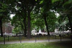 Spoken bij een kerkhof Stock Foto