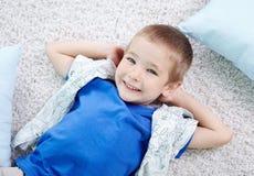 Spokojna chłopiec Zdjęcia Royalty Free