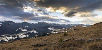 spokojna krajobrazowa halna zima Zdjęcie Stock