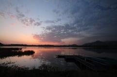 spokojnego jeziora Obrazy Royalty Free