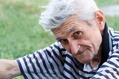 spokojnego mężczyzna plenerowy portreta senior spokojny Zdjęcie Stock