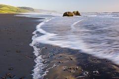 spokojnie kalifornijskie brzegu Zdjęcie Stock