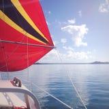 Spokojny błękitny żeglowanie Fotografia Royalty Free