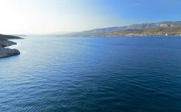 Spokojny błękitny morze Zdjęcia Royalty Free