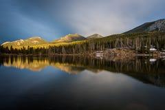 Spokojny jezioro Zdjęcia Royalty Free