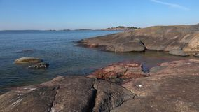 Spokojny Lipa dzień na wybrzeżu Hanko półwysep Finlandia zbiory