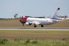 Spola norvegese Boeing 737-800 dell'aria fotografie stock