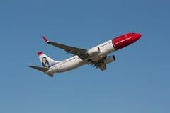 Spola norvegese Boeing 737-800 dell'aria fotografia stock libera da diritti