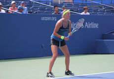 Den storslagna Slammästare Victoria Azarenka övar för US öppnar på tennis Cente för den Billie Jean konungmedborgare Royaltyfria Foton