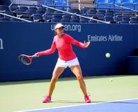 Den yrkesmässiga tennisspelaren Christina McHale övar för US öppnar Arkivbild