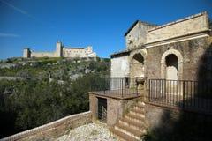 Spoleto (Italie) : Rocca (palais d'Albornoz) Images stock