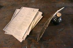 Spoletta ed inchiostro della piuma Fotografie Stock Libere da Diritti