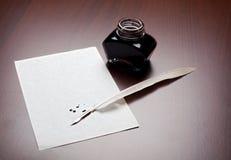 Spoletta, inchiostro e documento Fotografie Stock