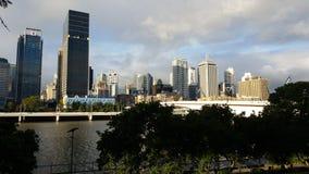 Sponda del fiume di Brisbane del ponte del fiume Fotografie Stock Libere da Diritti
