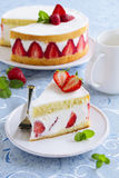 Sponge cake with strawberries Royalty Free Stock Photos