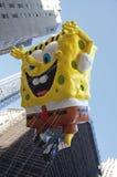 Spongebob在纽约游行飞行2012年 库存照片