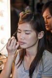 Sponsores cosmétiques de la société AMWAY un cours de maquillage Photographie stock