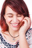 Spontane echte lach van natuurlijke gelukkige vrouw Royalty-vrije Stock Foto's