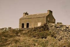 Spookhuis op de heuvel Royalty-vrije Stock Afbeelding