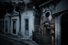 Spooky old cemetery Royalty Free Stock Photos