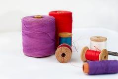 spool thread Зашейте аксессуары стоковое фото rf