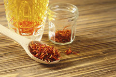 Spoon dry saffron Royalty Free Stock Photography